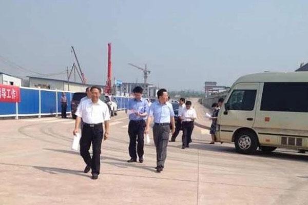 2013年8月泸州市市委书记市长一行