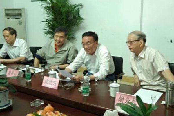 2009年3月中国白酒专家来厂品鉴指导